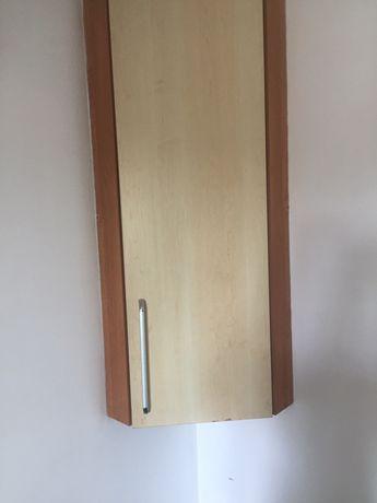 Угловой шкафчик навесной