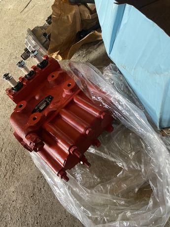 Distribuitor tractor u650