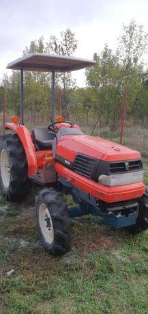 Tractor japonez Kubota GL32 servo 4x4 cu freza( yanmar , hinomoto