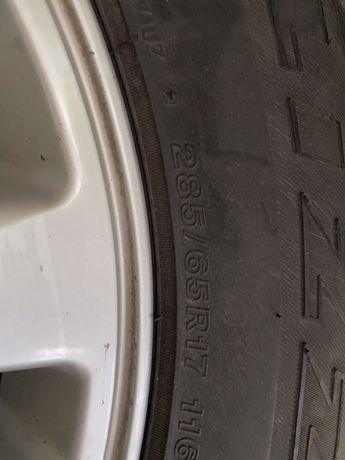 Шины с диском на крузак липучка зима р17