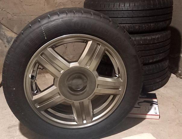 Продам титановые диски  с шинами