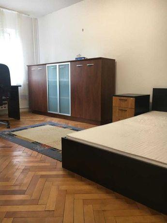 Vand apartament 2 camere Pb Piata Decebal