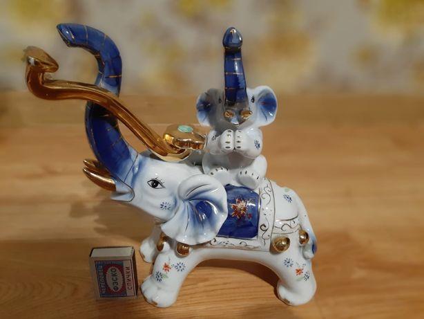 Фарфоровая статуэтка Слоны Фен шуй