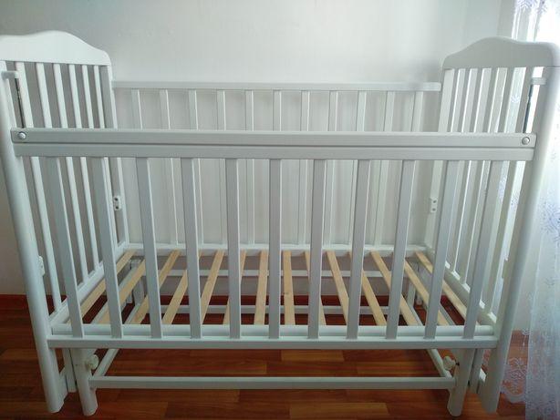 Продам детскую кроватку б/у в отл состоянии возможен торг