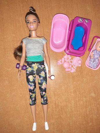 Papusa mamica barbie mattel si bebelus cu accesorii simba