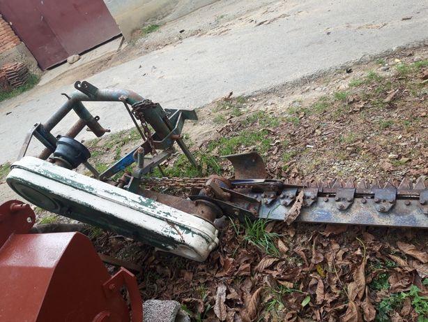 Cositore dupa tractor  adusă din italia  de vanzare sa dau la schimb