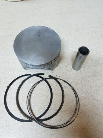 Piston Can Am 100mm+segmenti+bolt