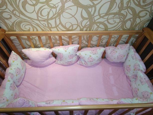 Продам детскую кроватку + матрас +бортики+крепление для балдахина