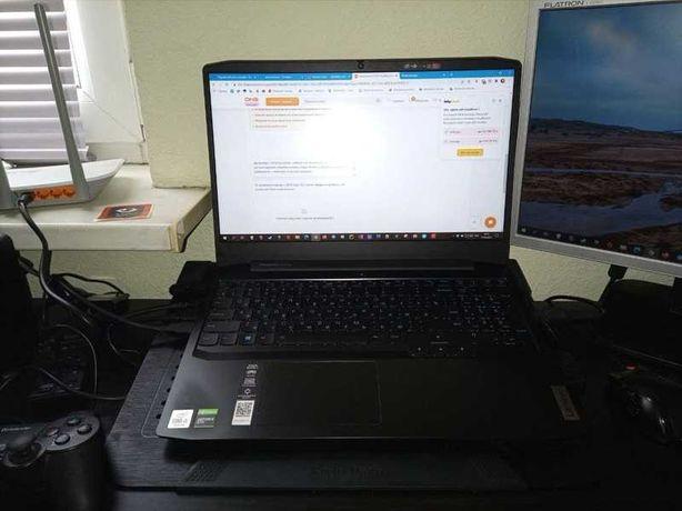 Продам ноутбук Lenovo.