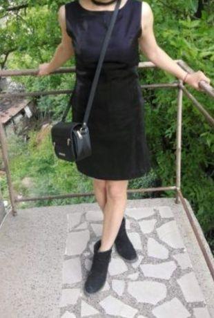 Официална черна рокля в сатен и нишки от ламе,които придават блясък, М