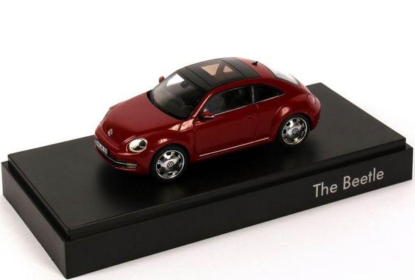 Продавам метална количка Volkswagen Beetle в мащаб 1:43 на NOREV