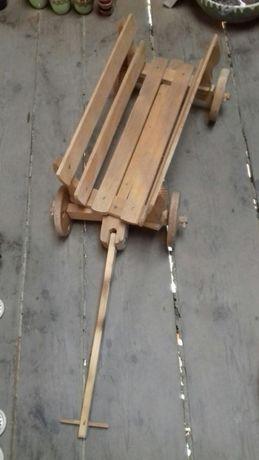 Car trasura din lemn