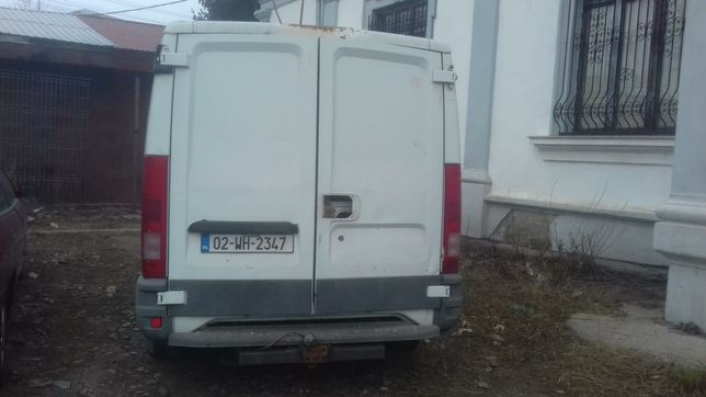 Usi spate iveco daily