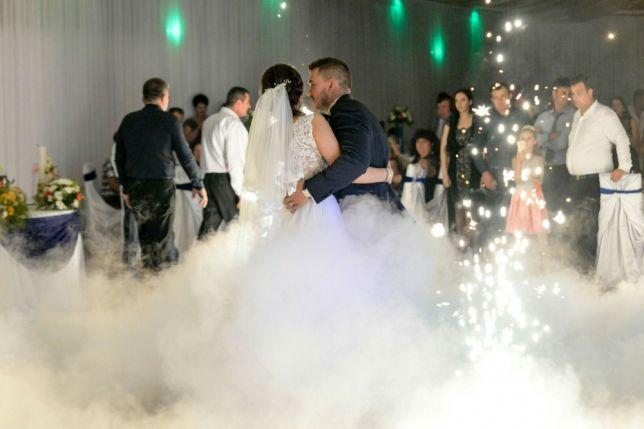 Fum greu/gheata carbonica/dansul mirilor/nunta/botez