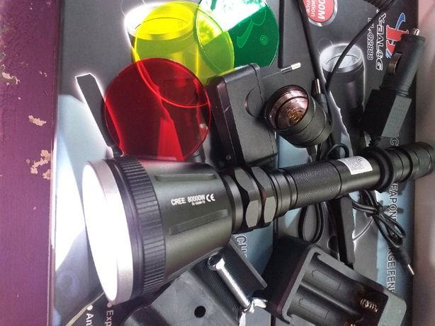Lanterna de vinatoare BL-Q2888 si BL-Q2800