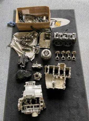 На части двигател SUZUKI GSXR 600 K8/L0