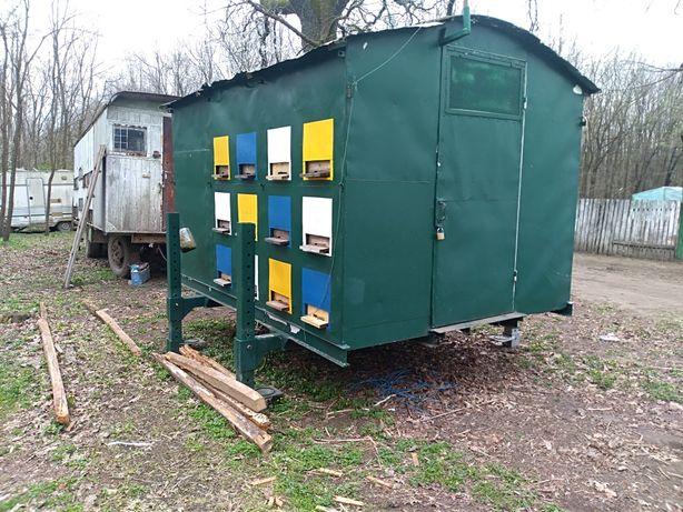 Mini stupina cu 24 cutii, pavilion apicol modular.