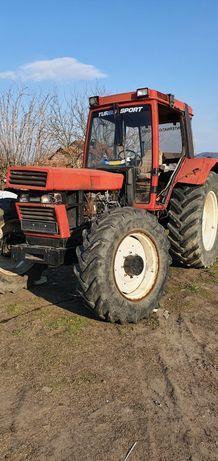 Dezmembrez tractor Case ih 1056xl