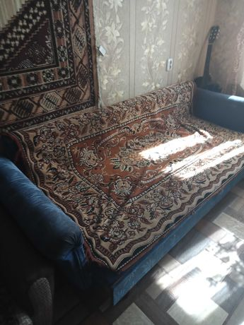 Диван-кровать б/у недорого