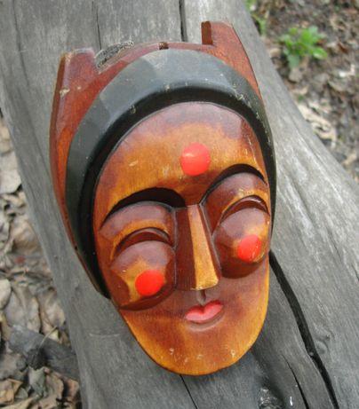 Маска деревянная продам