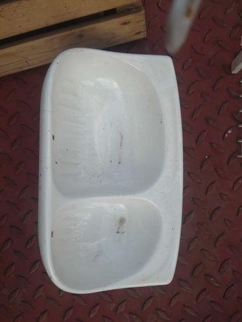 Sapuniera dublă din ceramică