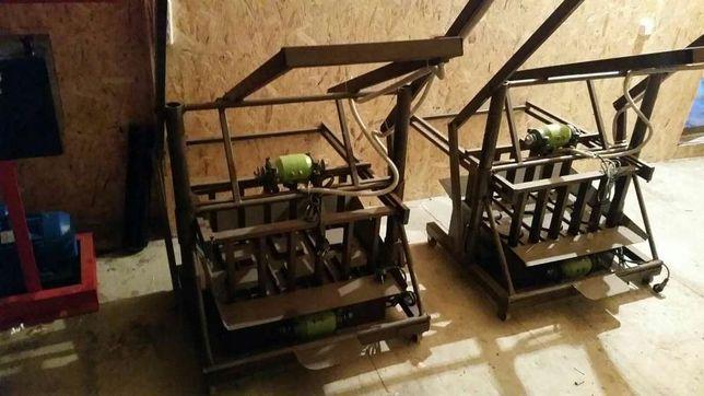 Станок для производства шлакоблоков, арболитоблоков