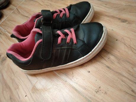 Кеды (кроссовки)