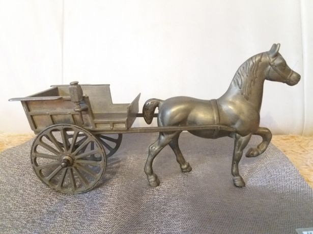 Cal cu sareta antica din bronz masiv