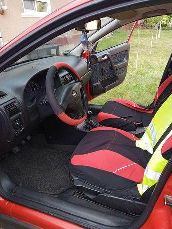 Vand Opel corsa combi an 2001
