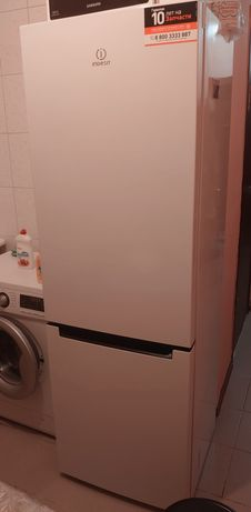 Холодильник новый 2021 года