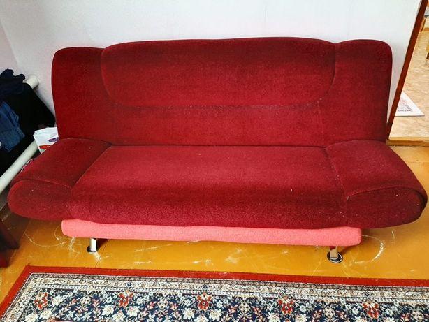 Продам мягкий уголок срочно диван и 2 кресла