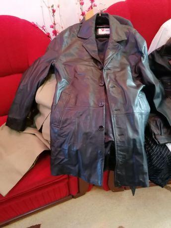 Vînd 2 costume mire cu 2 veste 2 culori haină Pele și o haina de damă