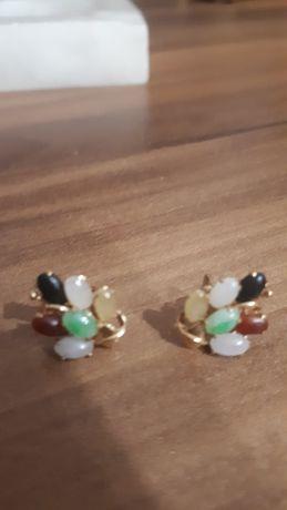 cercei unicat din aur galben de 14 k cu pietre naturale(jad)