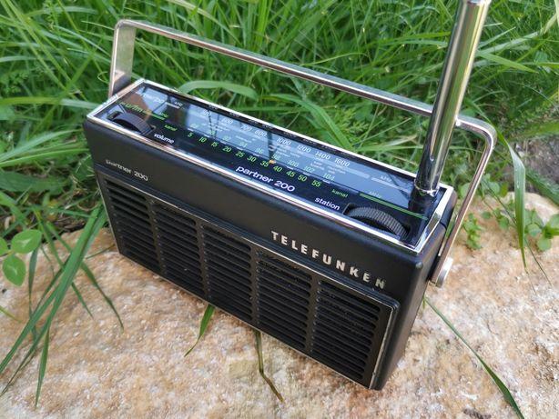 Radio vintage Telefunken FM impecabil