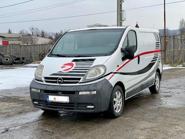Opel Vivaro diesel 2005 // 4600 euro + TVA