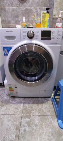 Продам стиральную машину Samsung на 8кг