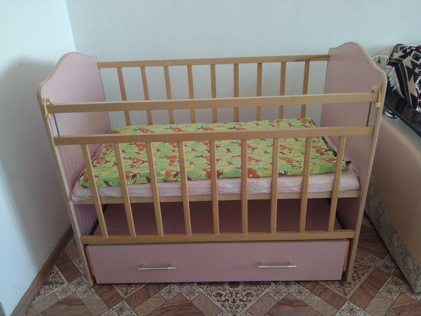 Продам детскую кроватку чистое дерево в отличном сосотояний за 22 000