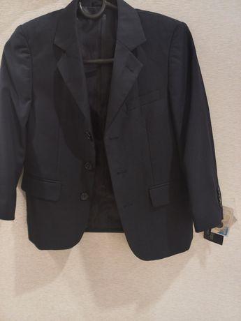 Продаётся пиджак 122 новый