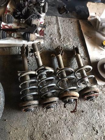 Suspensie/arcuri/amortizoare Nissan x-trail 2.2 diesel