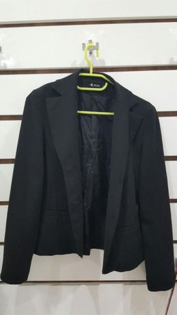 Елегантно черно сако