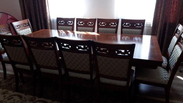 Гостевой стол и стулья 12 шт