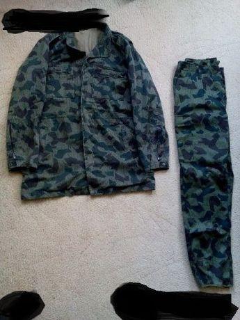 Продавам камуфлажни дрехи