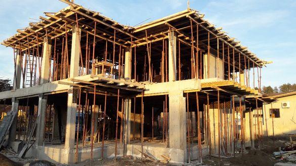 строеж на къщи , гаражи и огради