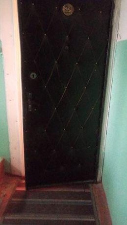Продается входная дверь и внутренняя в комплекте