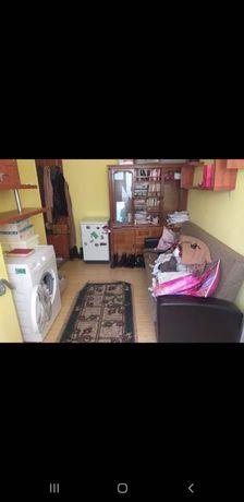 Închiriez apartament 2 camere Valea Roșie 800 RON negociabil