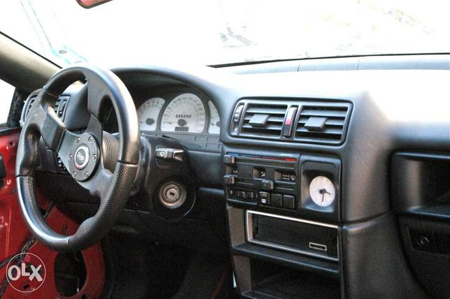 dezmembrez Opel Calibra C20NE 8v cutie manuala caroserie piese repere