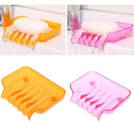 Сапунерка и поставка за гъба. Различни цветове.