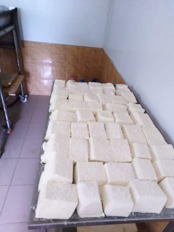 Домашно Биволско и Овче сирене 10лв- килограм зряло