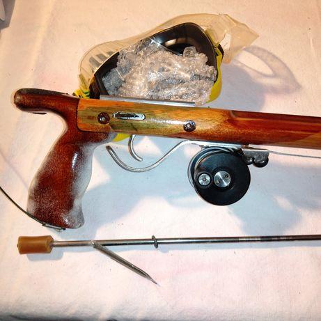 Speargan 105cm din lemn stratificat cu mulneta și săgeata din inox