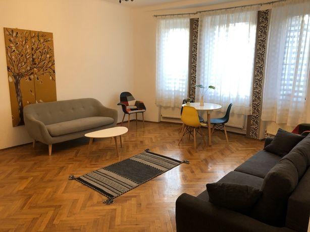 Apartament  cochet vis a vis de AFI Brasov